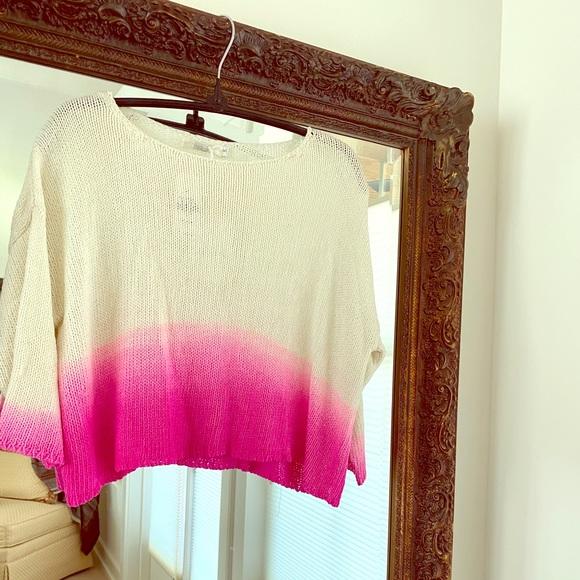 Sweater top, slightly crop